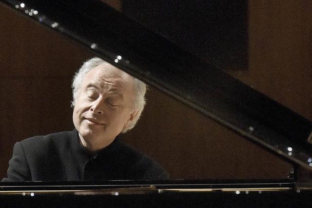 Sir András Schiff spielt Bachs Goldberg-Variationen in St. Peter