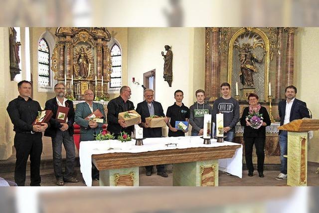 Nordweil feiert neu gestaltete Kirche