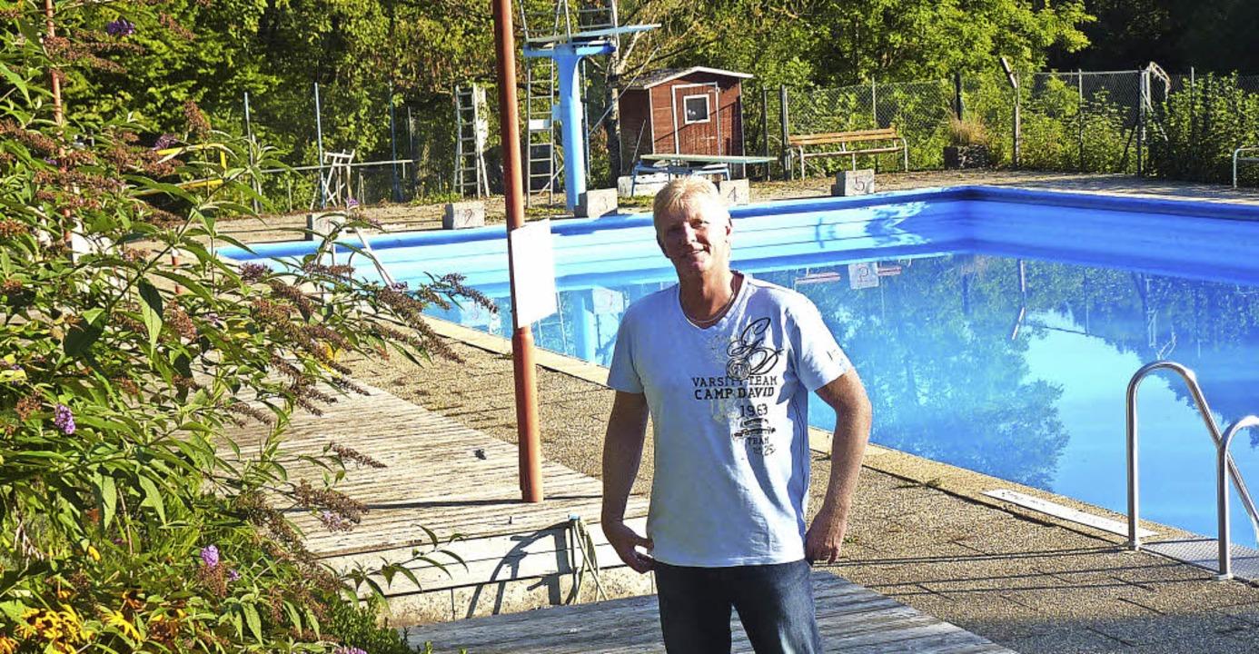 Frank Pieper freut sich auf die Wiedereröffnung des Schwimmbads Stühlingen.  | Foto: Privat
