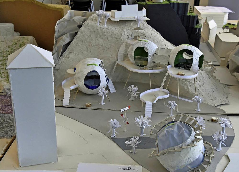 Die 6d vom Kepler hat kugelförmige Geb...ole haben ein Lernzentrum entwickelt.   | Foto: M. Bamberger