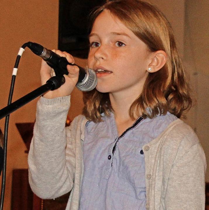 Junge Talente am Mikro  | Foto: Janzer