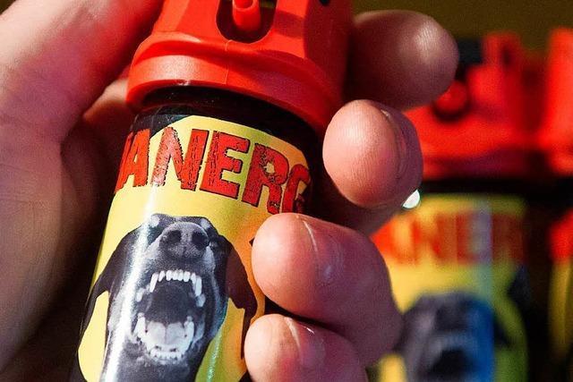 Pfefferspray gegen Hund und Herrchen eingesetzt
