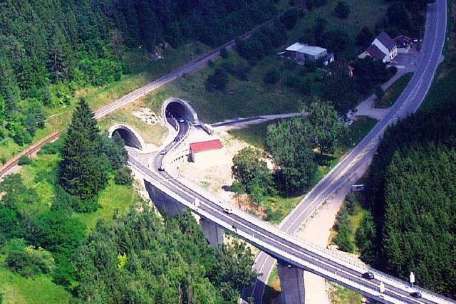 Bundesstraße 31: Zweite Brücke über das Gauchachtal wird gebaut