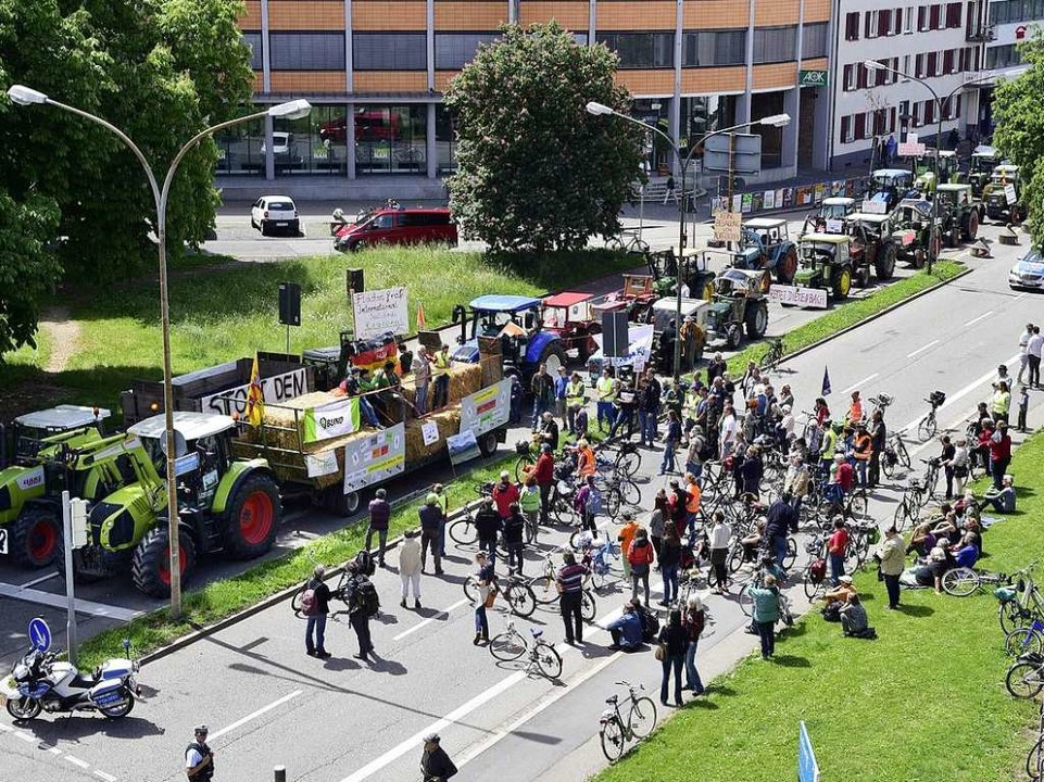 Kundgebung in der Innenstadt  | Foto: Thomas Kunz