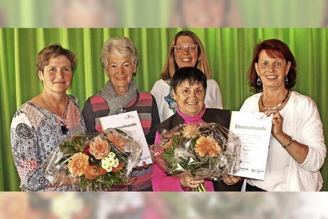 Zwei neue Ehrenmitglieder bei den Landfrauen