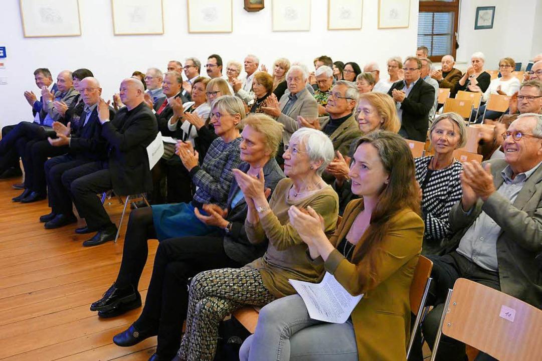 Viel Applaus für die neue Dauerausstellung  | Foto: Hans-Peter Müller