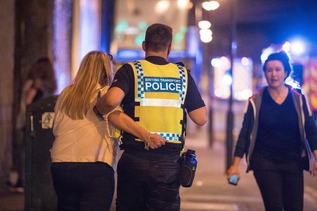 22 Todesopfer nach Selbstmordattentat auf Konzert von Ariana Grande in Manchester