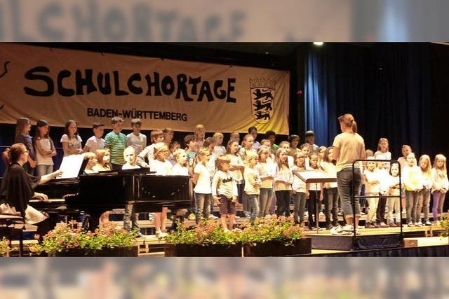 SuBaDoLa Kinderchöre führen Musical in Sulzburg auf