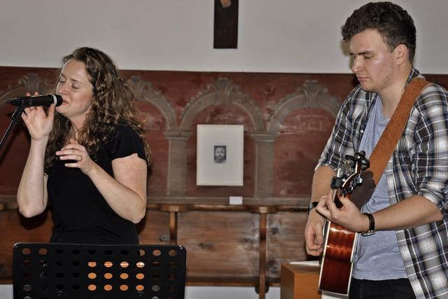 Junge Liedermacher gefallen