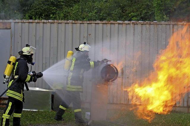 Firma Naderer Brandsimulation in Finanznöten