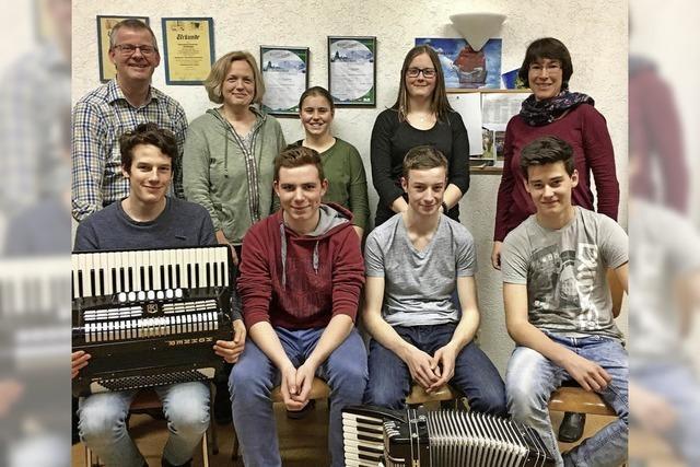 Sechs junge Musiker sind fit fürs große Orchester