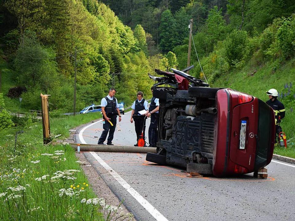 Tödlicher Verkehrsunfall am Spirzen zwischen Buchenbach und Thurner.  | Foto: kamera24.tv