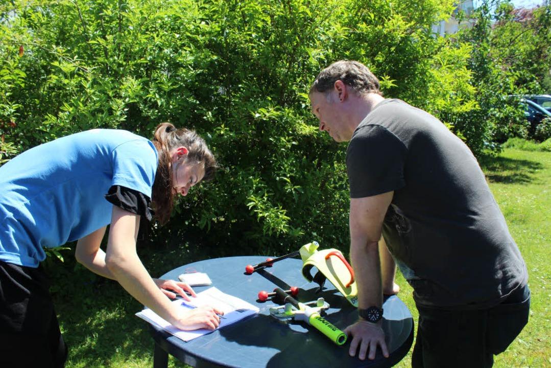 Das schnapp-Team bei der Aufnahme der Artikel  | Foto: schnapp.de