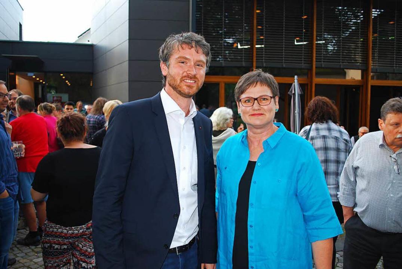 Kandidat Jonas Hoffmann und die Landes...der SPD im Wahlkreis Lörrach-Müllheim.  | Foto: Thomas Loisl Mink