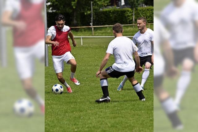 Fußballspielen als Kontaktmöglichkeit