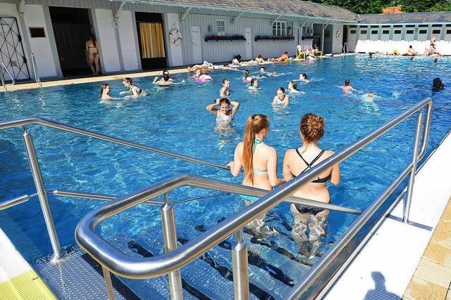 Neue Regeln machen bisher keine Probleme im Freiburger Damenbad