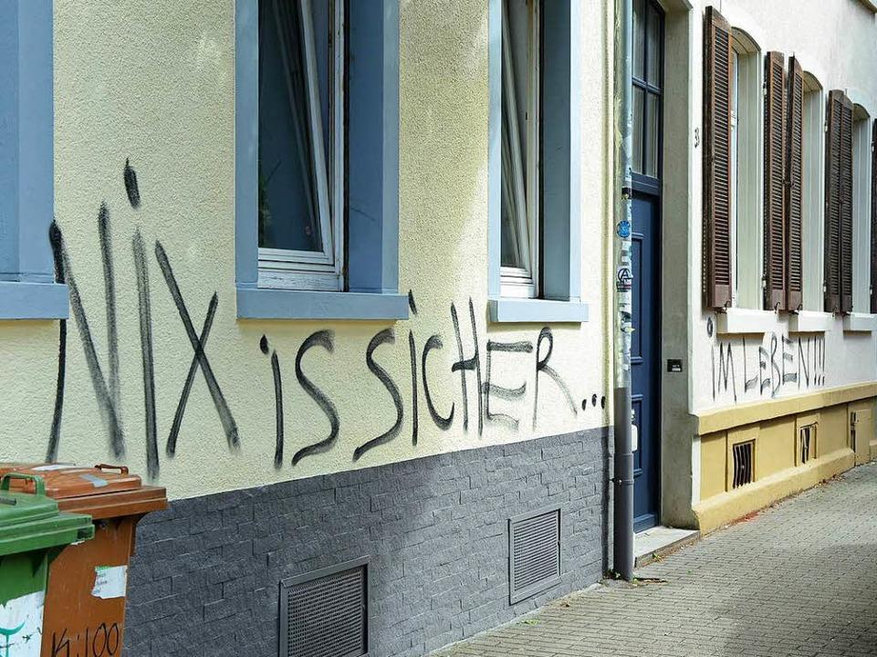 Schon am Tag nach der ersten Malaktion gab es frische Graffiti (Archivbild).  | Foto: Rita Eggstein