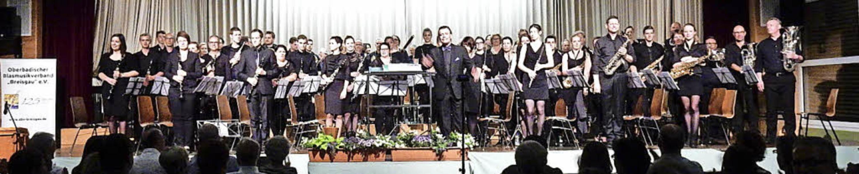 Das königliche Klangensemble, Koninkli...), spielte in der Steinberghalle auf.     Foto: Kurt Meier