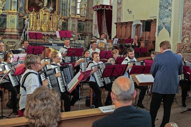 Fremde Klangwelten im Kirchenschiff