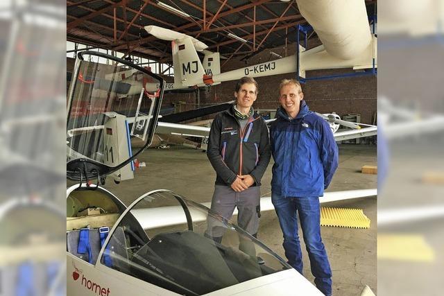 40 Segelflieger gehen über Hütten in die Luft