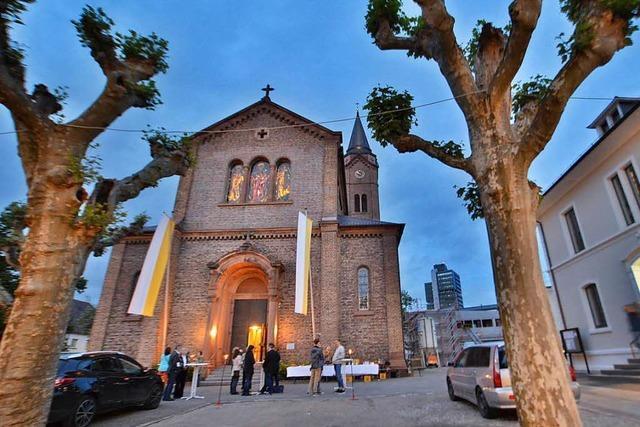 Unbekannte besprühen Lörracher Bonifatiuskirche