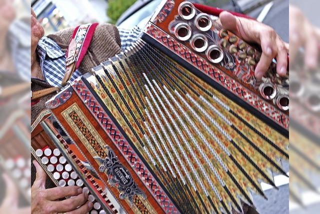 Mit Steirischen Harmonika in Titisee-Neustadt