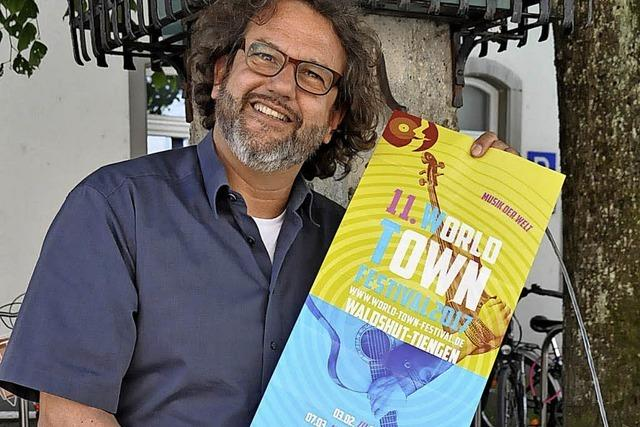 Mehr als 1000 begeistert das Welt-Musik-Festival