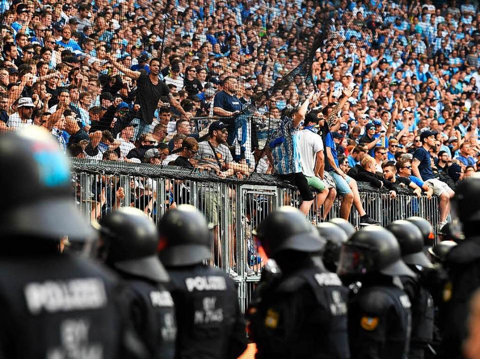 regensburg polizisten verletzt