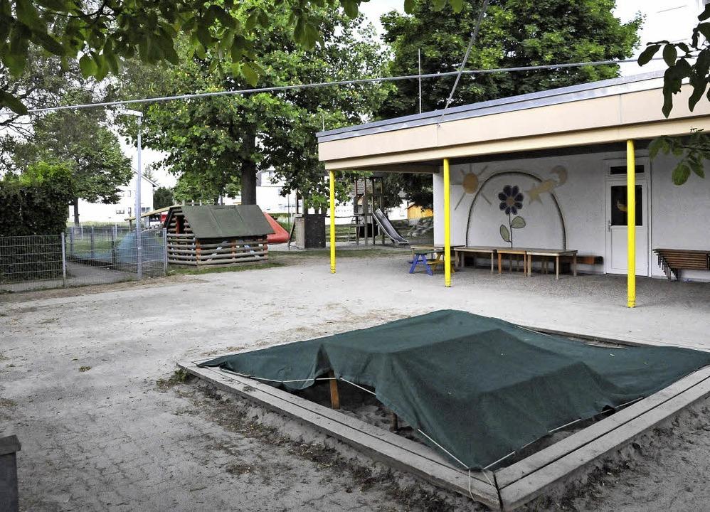 Der Container für das Werk- und Malate... der Freifläche links errichtet werden  | Foto: Markus Zimmermann