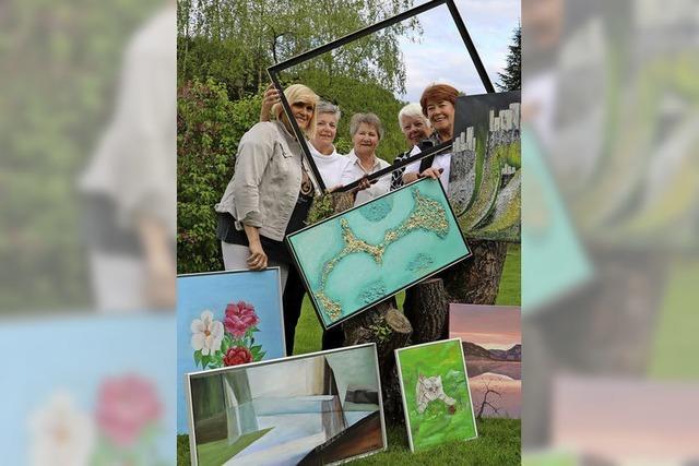 Fünf Frauen, eine Bilderschau