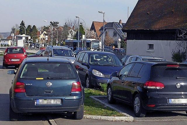 In Eimeldingen fehlen Pendlerparkplätze