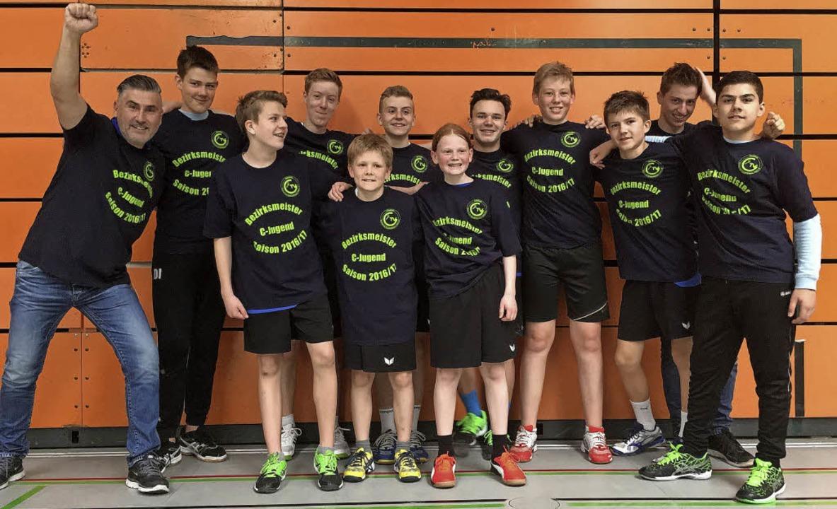 Die C-Jugend des TV Gundelfingen ist Bezirksmeister im Handball geworden.     Foto: Privat