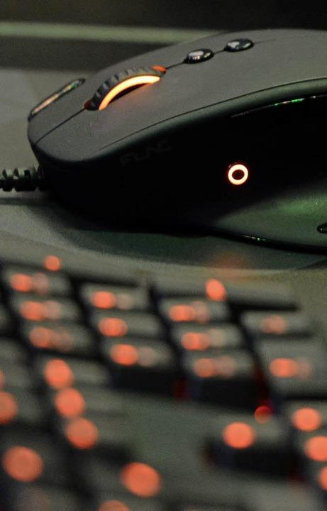 Löst gewaltige Veränderungen aus: die Informationstechnik.  | Foto: dpa-tmn