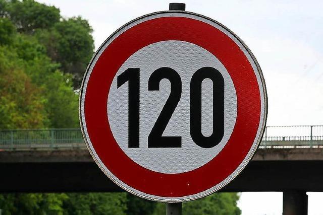 Märkt fordert Tempo 120 auf der Autobahn