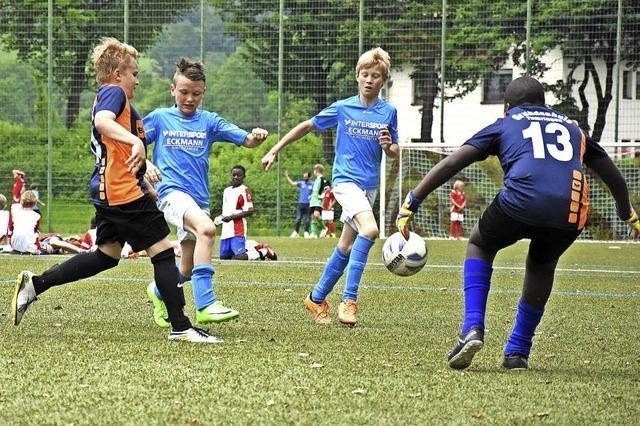 Statt einer Eventagentur planten Kirchzartener Grundschüler ein großes Fußballturnier