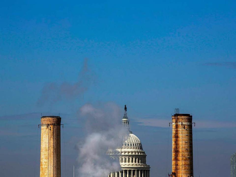 Ein Kraftwerk in der Nähe des Kapitols  | Foto: dpa