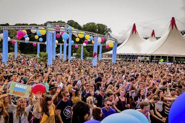 Über 50 DJs, Bands und Künstler auf dem Flugplatz Offenburg