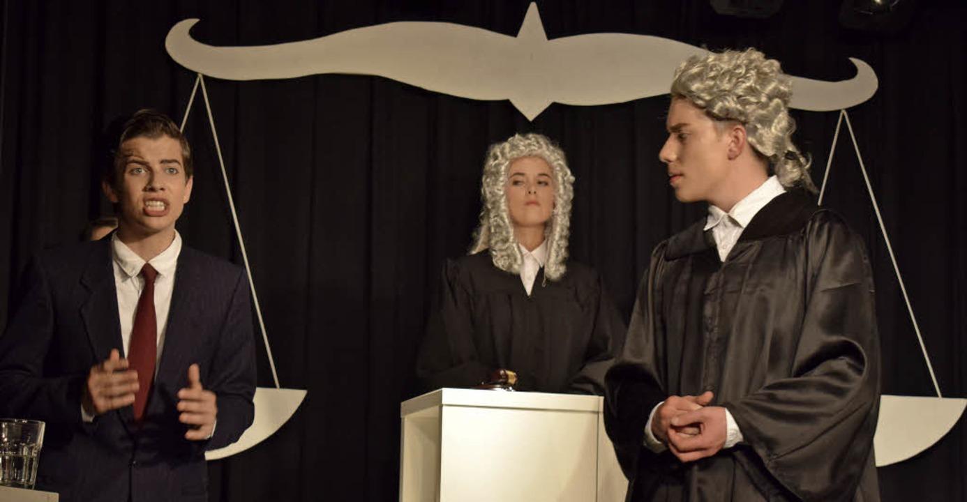 Die English Drama Group des Martin-Sch...lage ganz schön ins Schwitzen geraten.  | Foto: Cecile Buchholz