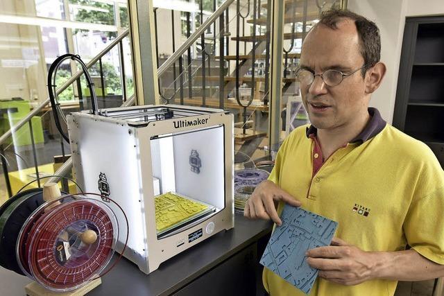 Der Blinden- und Sehbehindertenverein schult seine Mitglieder mit 3-D-Karten