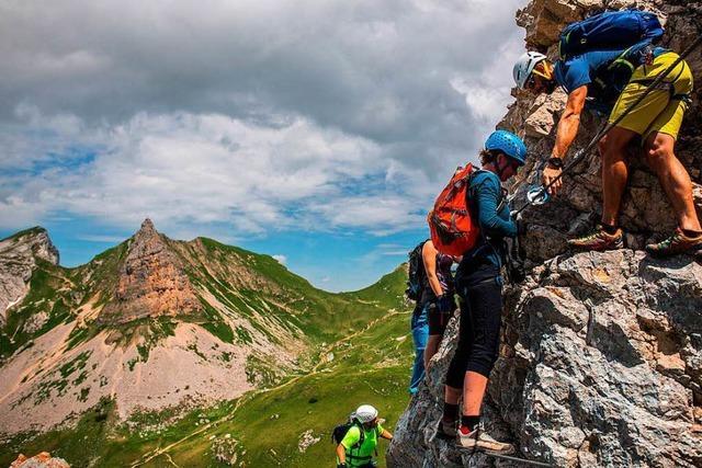 Achensee in Tirol: Klettern, stolpern, fliegen