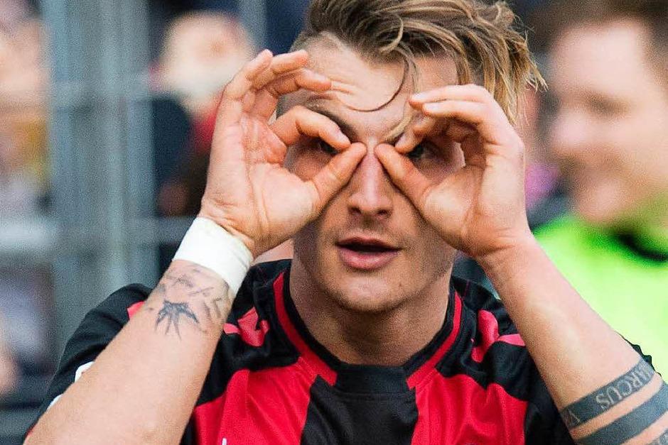 Maximilian Philipp ist seit Mai 2017 der Top-Deal der Vereinsgeschichte des SC Freiburg. Der gebürtige Berliner wechselte für eine Ablösesumme in Höhe von 20 Millionen Euro zu Borussia Dortmund – er kam ablösefrei von Energie Cottbus. In der Bundesliga traf Philipp 9 Mal für den SC. (Foto: AFP)