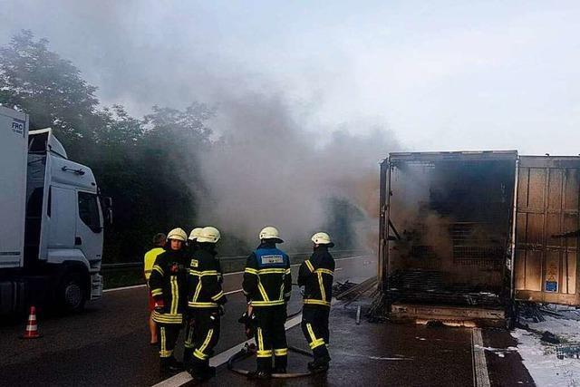 Lkw-Brand auf A5 gen Süden bei Freiburg – Verkehr fließt wieder