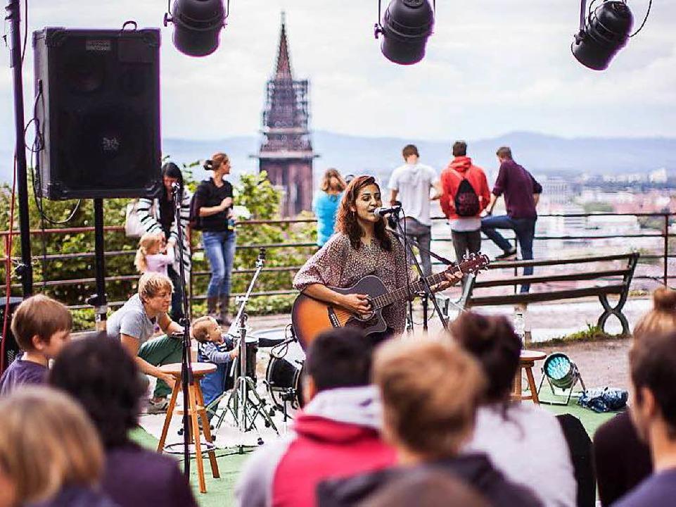 Schönste Aussicht bei einem Konzert auf dem Kanonenplatz.    Foto: Janos Ruf