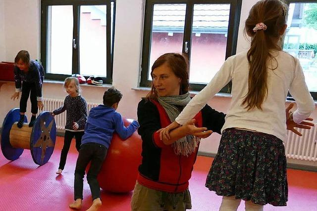 Landratsamt verhilft 29 Kindern zur Artistenausbildung