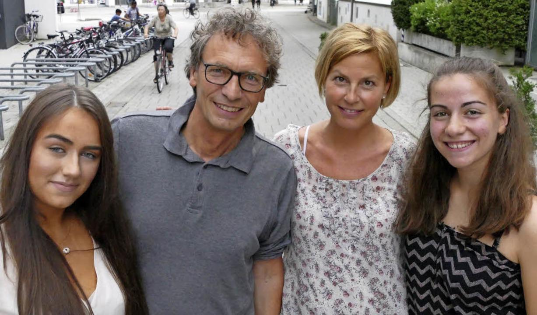 Sara Brezak (von links), Thomas Vogt, ...o freuen sich schon auf die Premiere.   | Foto: Ralf H. Dorweiler
