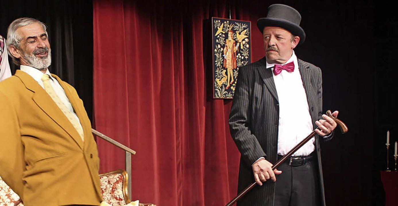 Roland Kunert als Senffabrikant Ludwig...glied zwischen beiden Theatergruppen.   | Foto: Regina lorenz