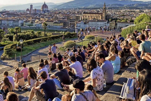 Stadtverwaltung in Florenz bekämpft Besucheransturm mit Wasser