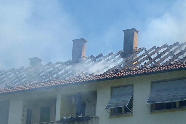Ursache für Dachstuhlbrand war wohl ein Defekt – alle Wohnungen wieder freigegeben