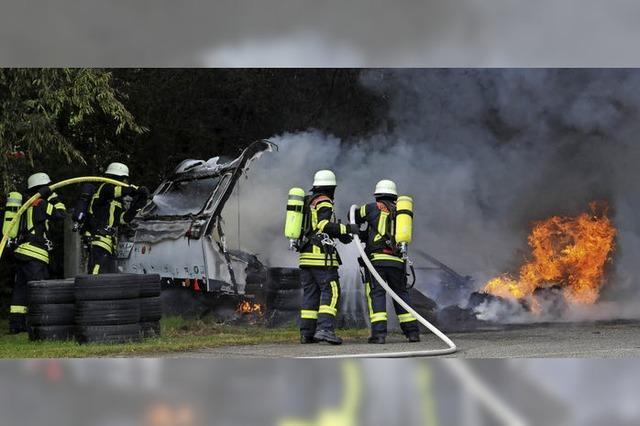 Die Ermittlungen deuten auf Brandstiftung