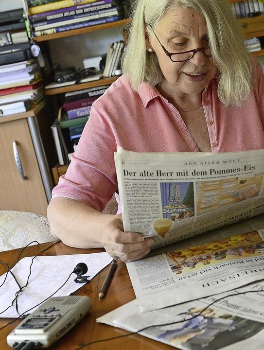 Theresia Ott sorgt durch ihr Engagemen...lokale Ereignisse informiert bleiben.   | Foto: Ingo Schneider